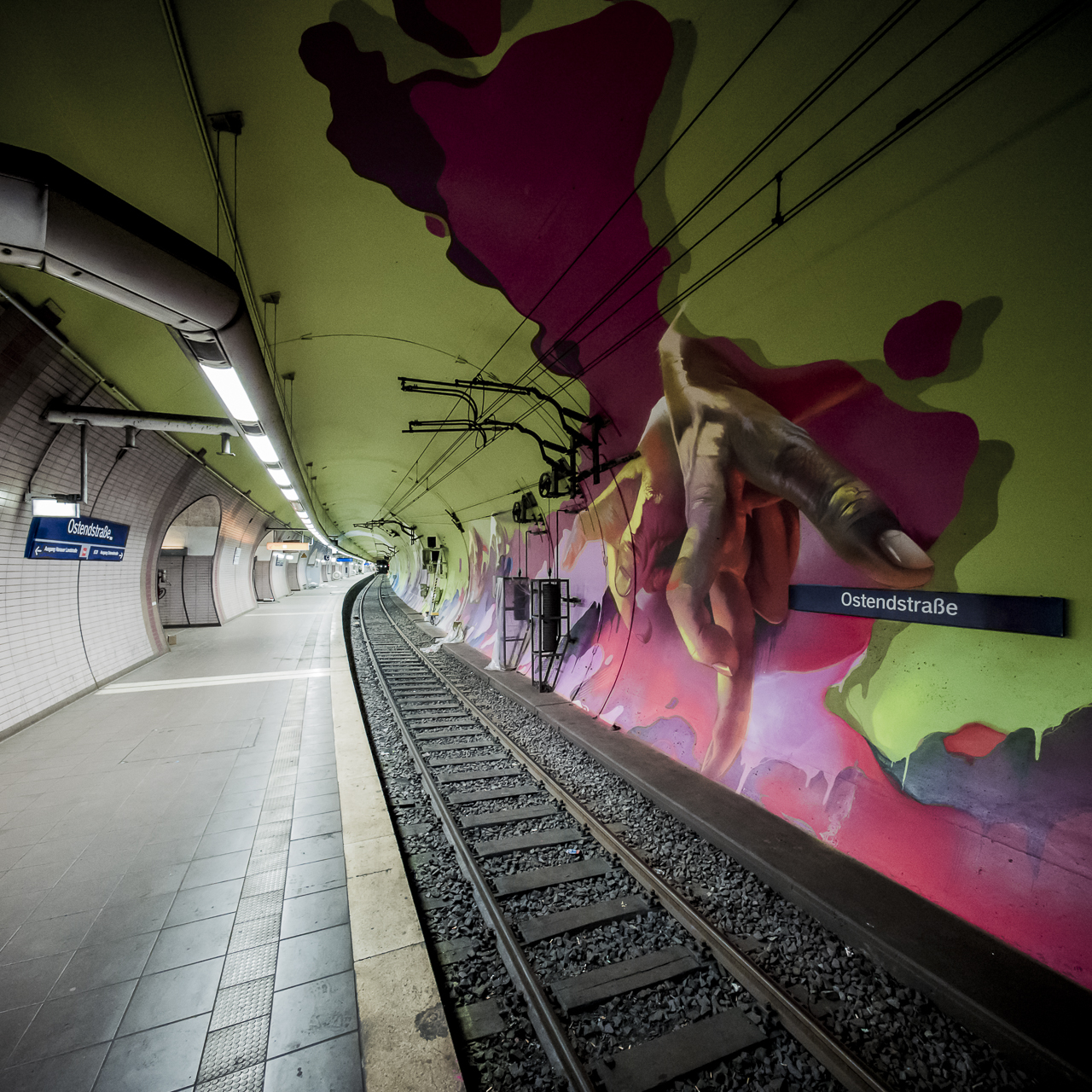 A work by Does - Ostendstrasse frankfurt germany tunnel rudi 6