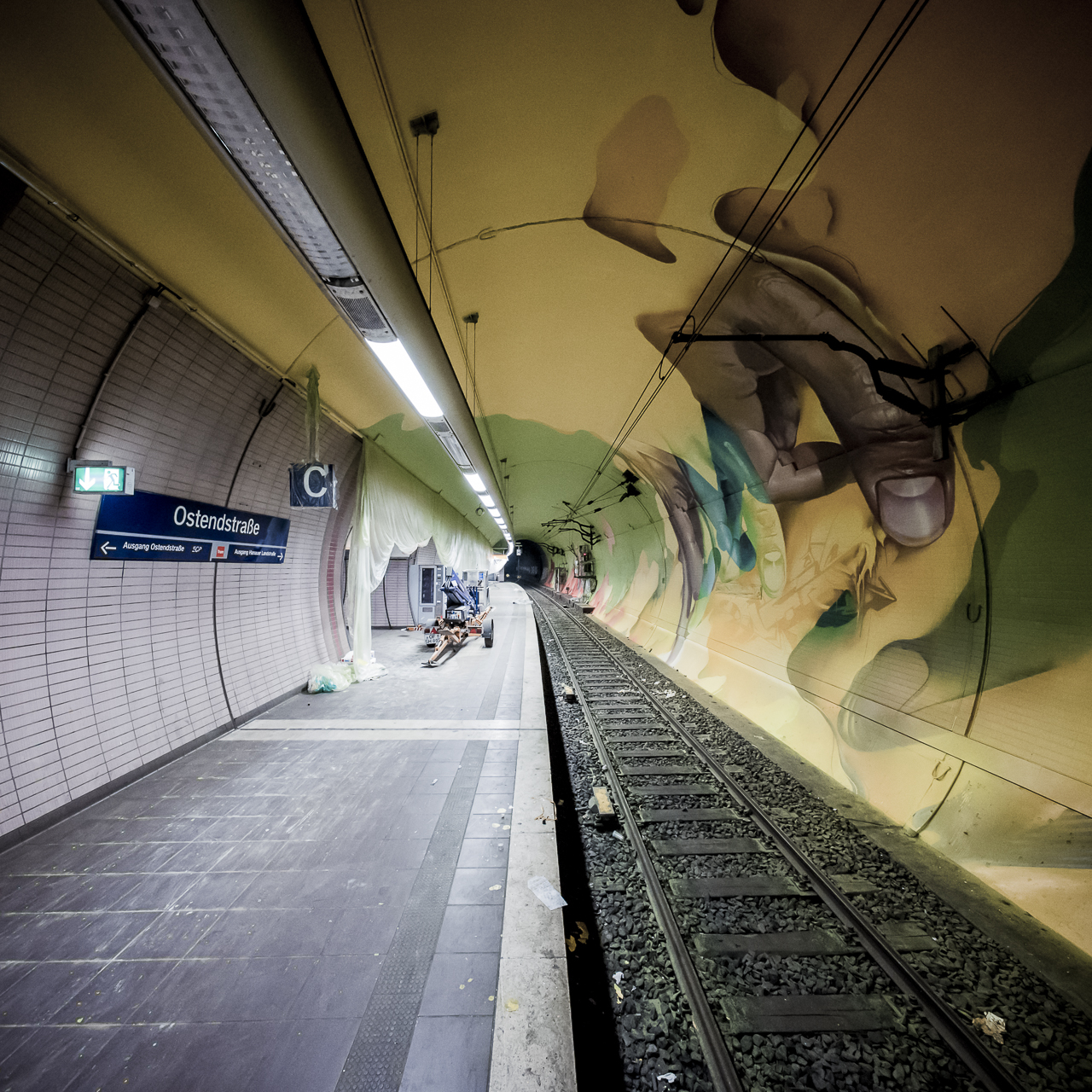 A work by Does - Ostendstrasse frankfurt germany tunnel rudi 3