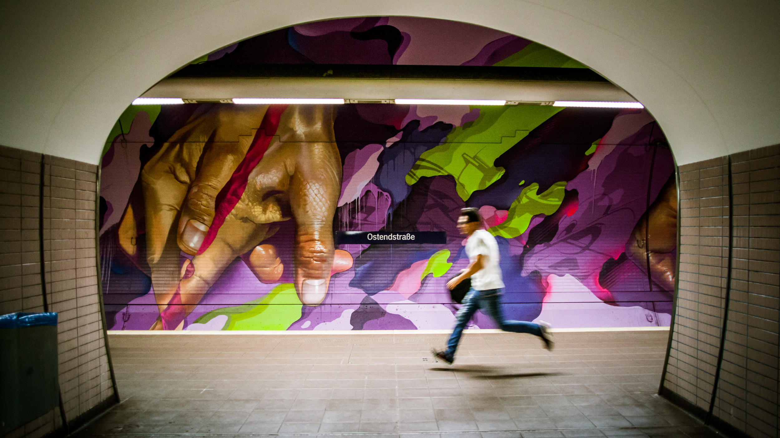 A work by Does - Ostendstrasse frankfurt germany tunnel 17