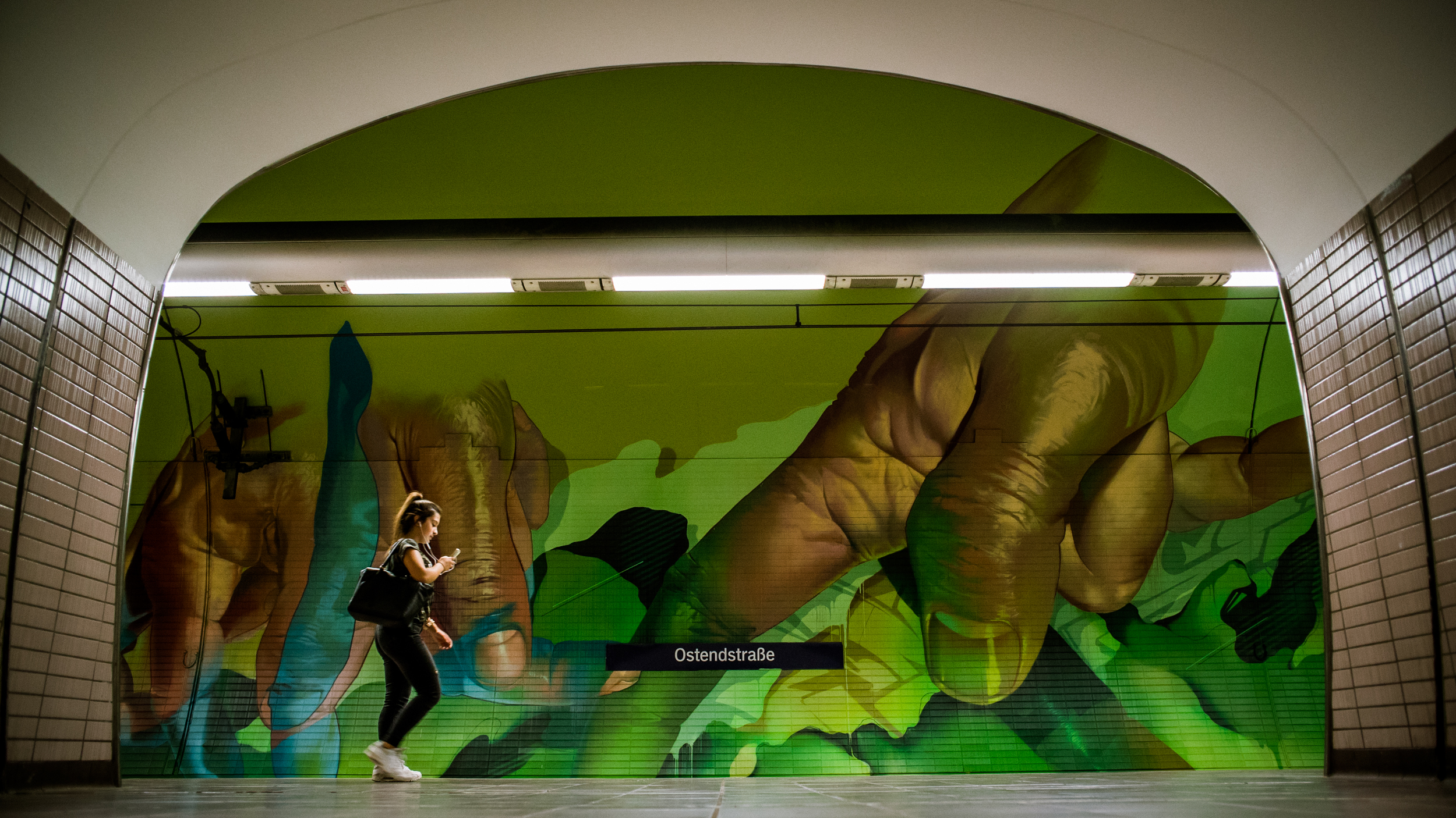 A work by Does - Ostendstrasse frankfurt germany tunnel 16